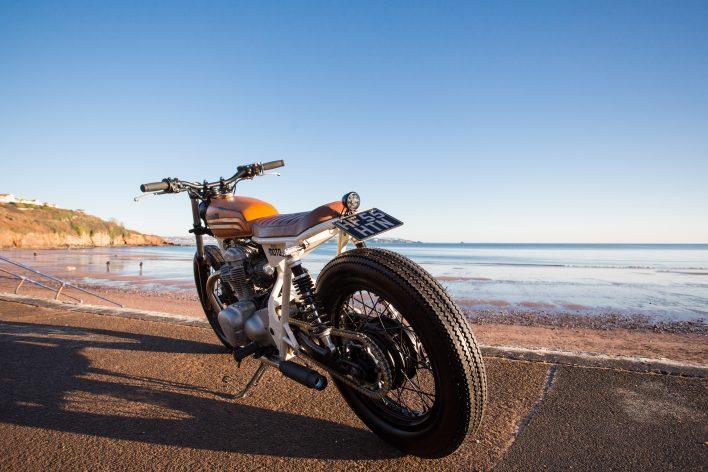 Kawasaki w650 Brat Style Custom Bobber Cafe Racer