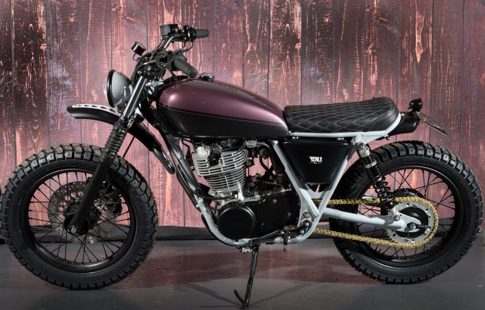 2015 Yamaha sr400 Bespoke Tracker Custom Conversion